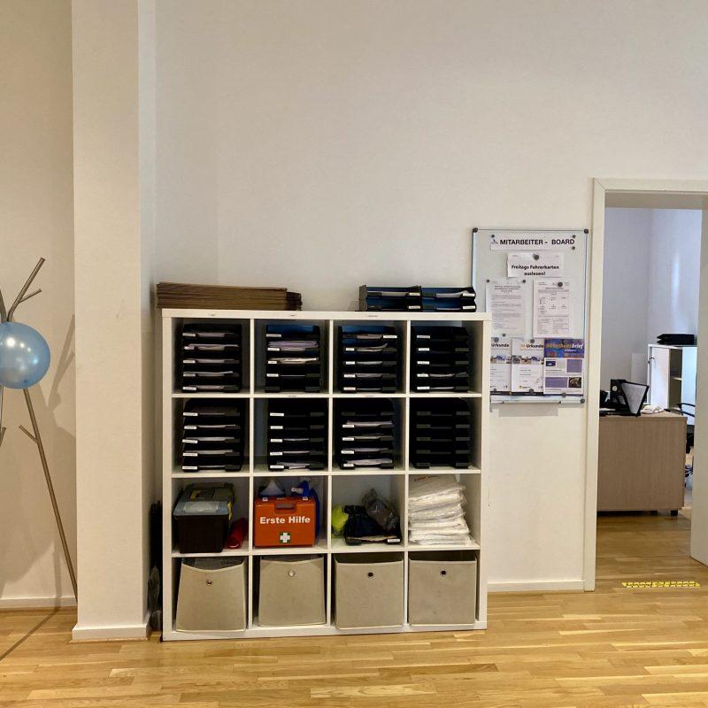 Mitarbeiterfächer und Infoboard